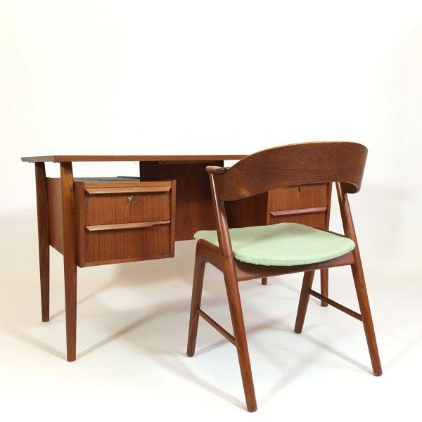 bureau en teck des années 60-70
