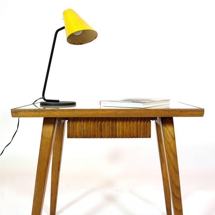 table de chevet des années 60.
