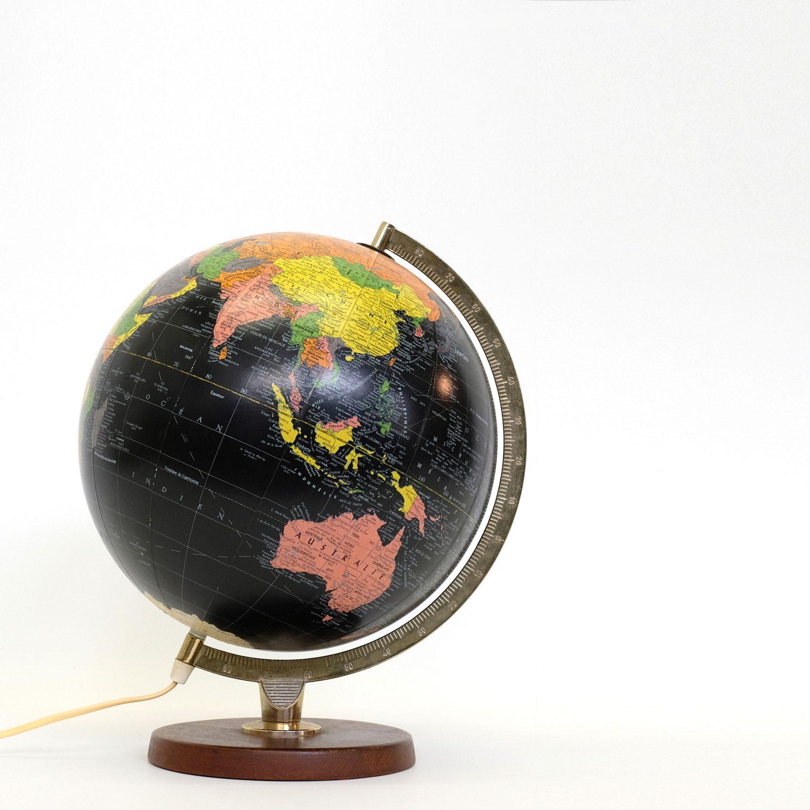 globe terrestre archives lampandco. Black Bedroom Furniture Sets. Home Design Ideas