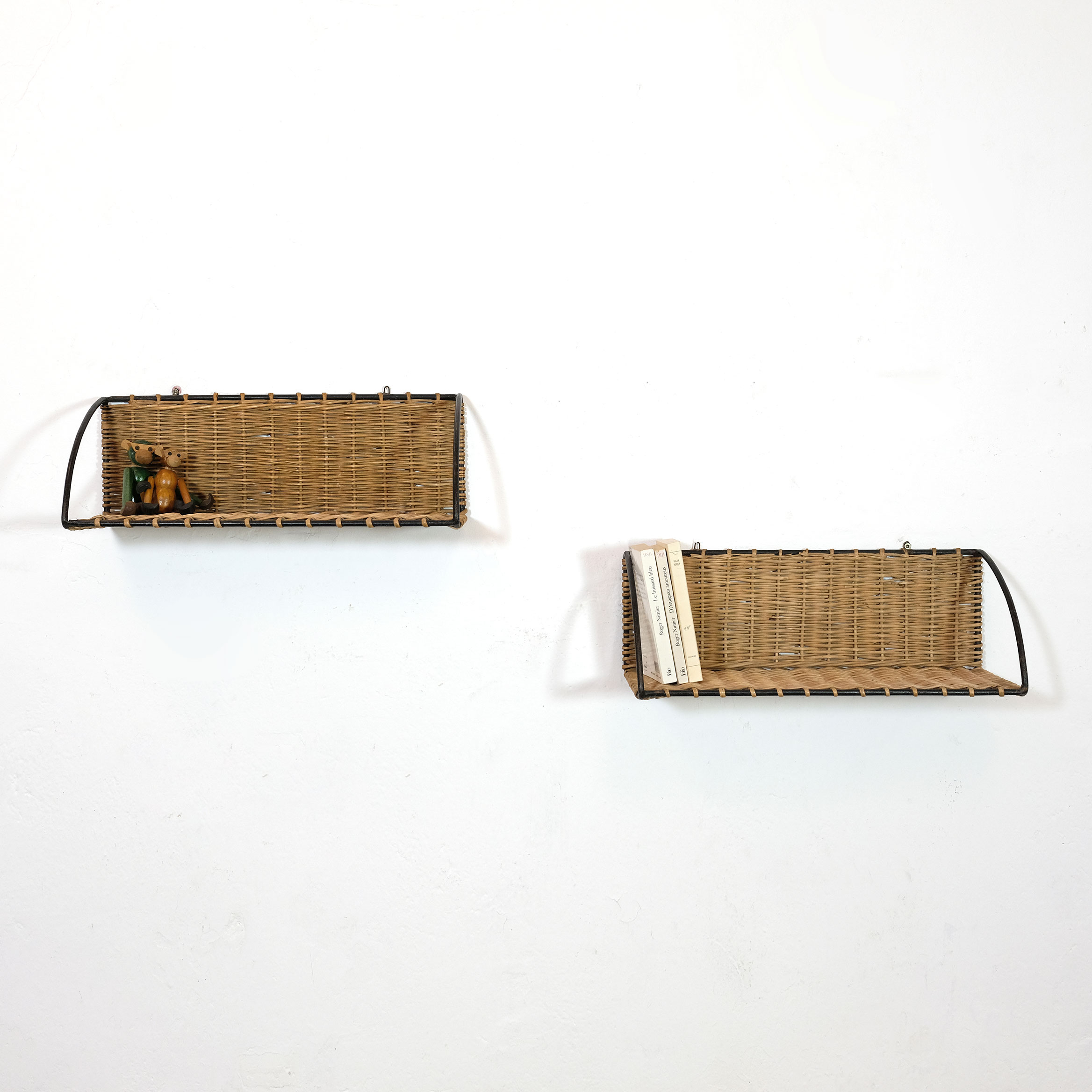 Pair of French shelves, 1960-1970.