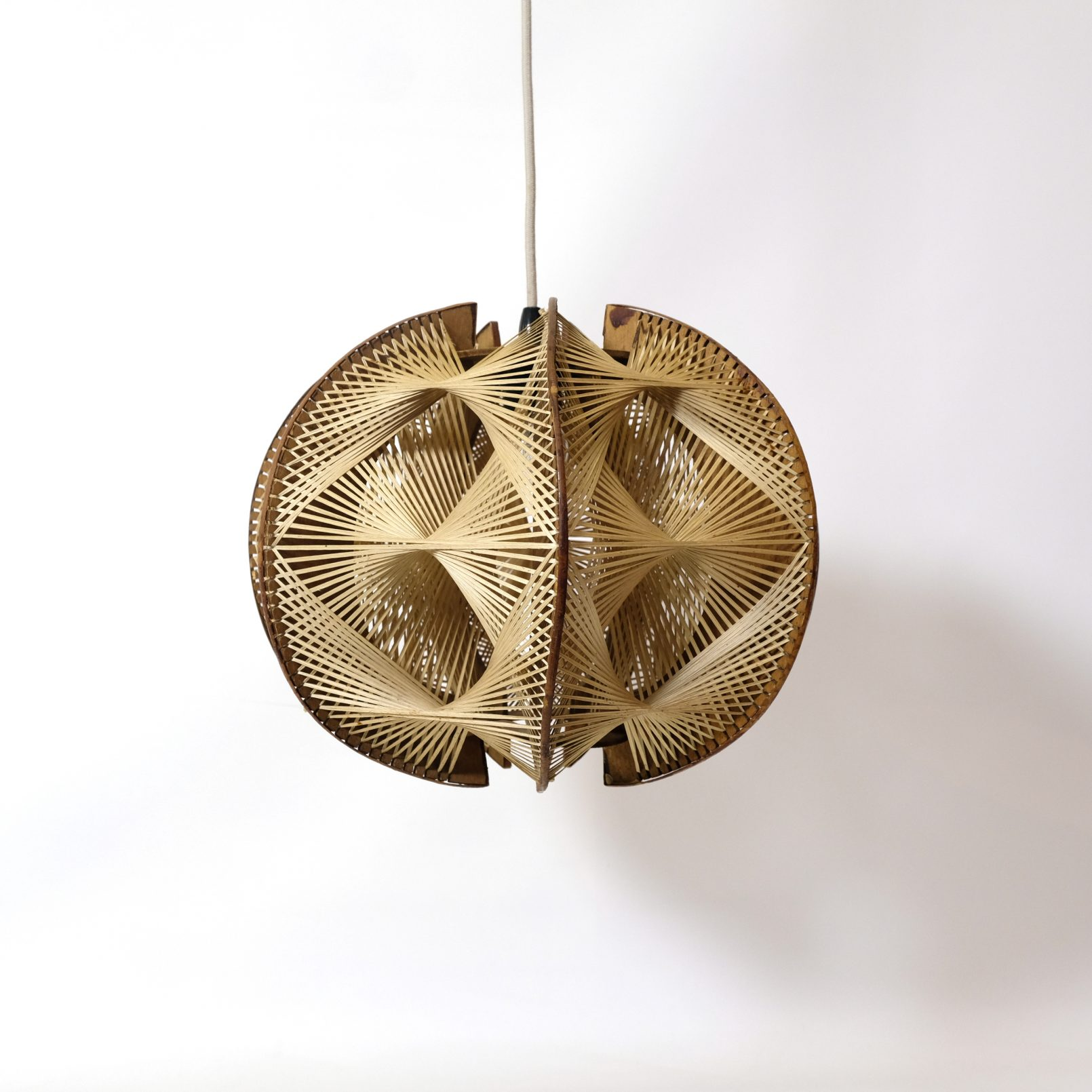 Wood and string pendant from the sixties.