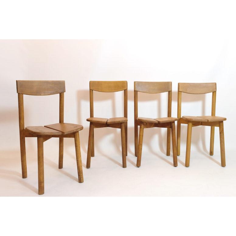 Pierre Gautier Delaye, 4 chaises grain de café aux édition Vergnères, 1950s.