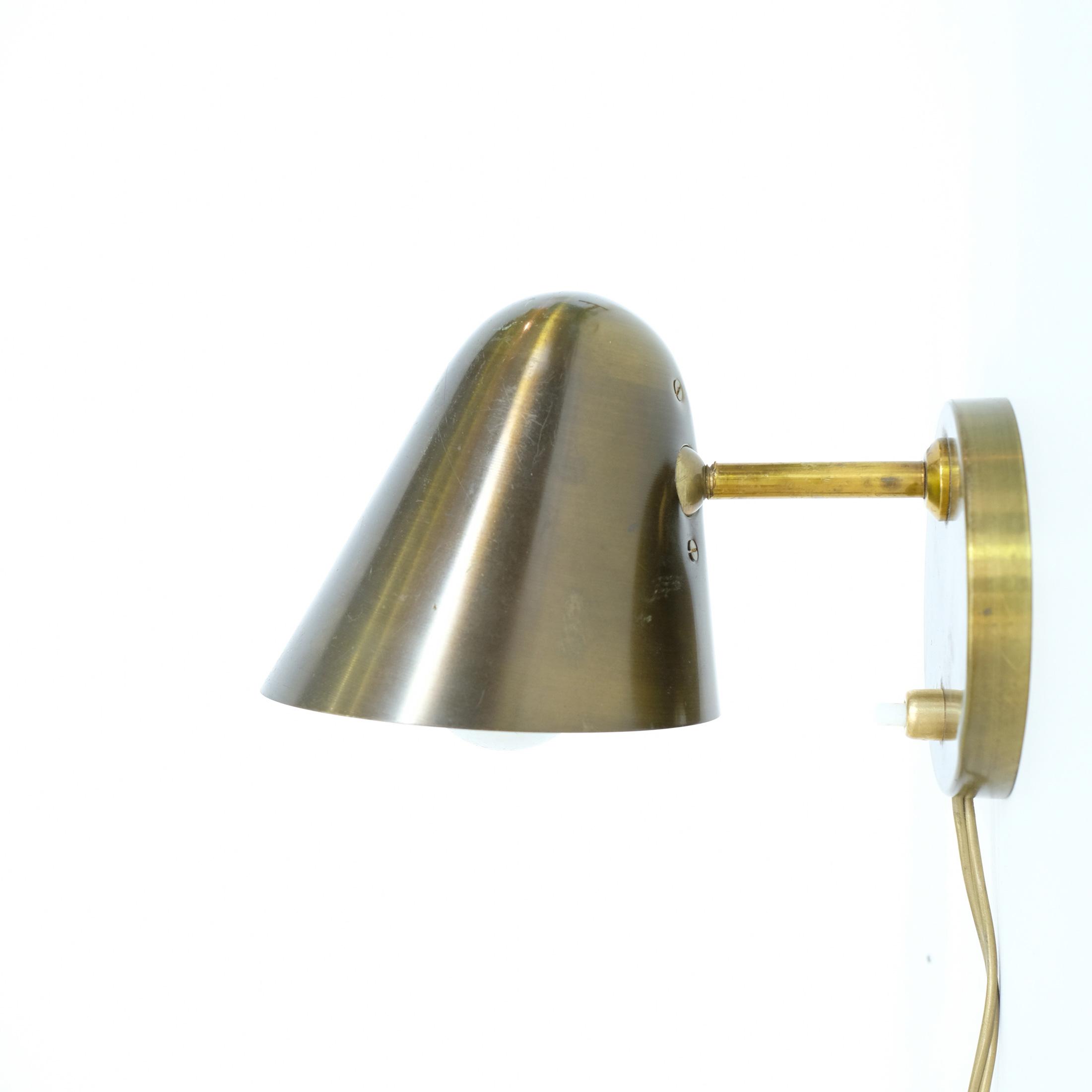 applique en laiton des ann es 50 lampandco. Black Bedroom Furniture Sets. Home Design Ideas
