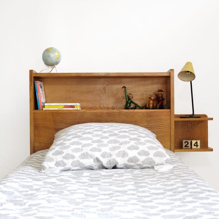 Tête de lit en bois clair, 1950-1960.