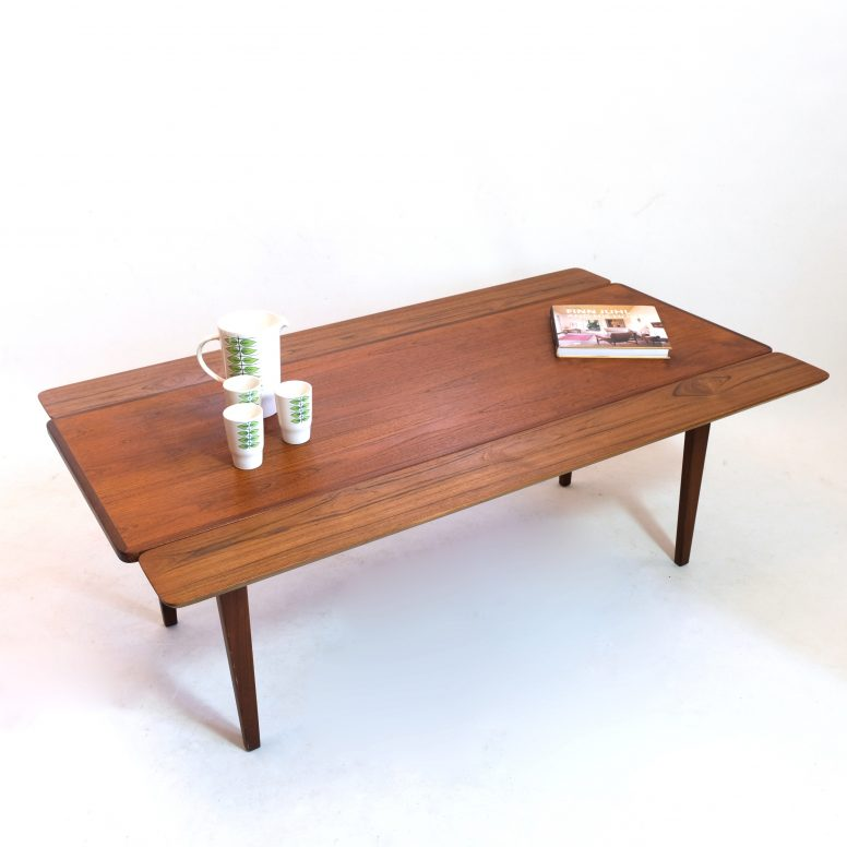 Table basse scandinave avec allonges, 1960s.