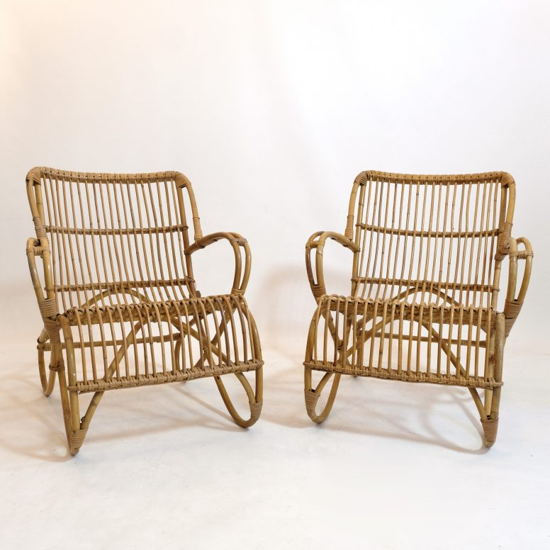 Mid century rattan lounge chair.