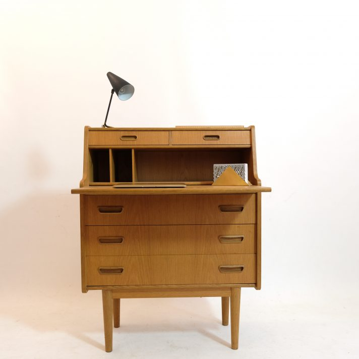 Light wooden writing desk from the sixties.