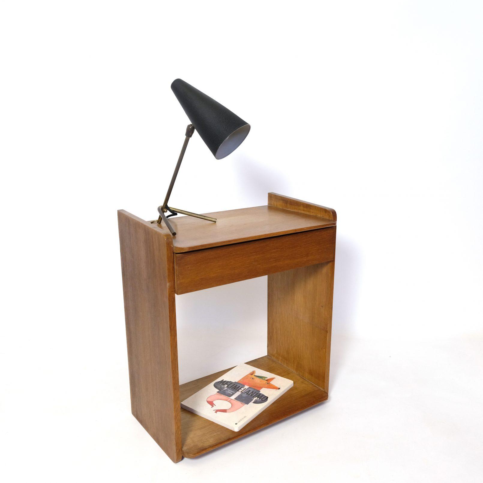 Marcel Gascoin, petite table de chevet en chêne ciré, 1950s.