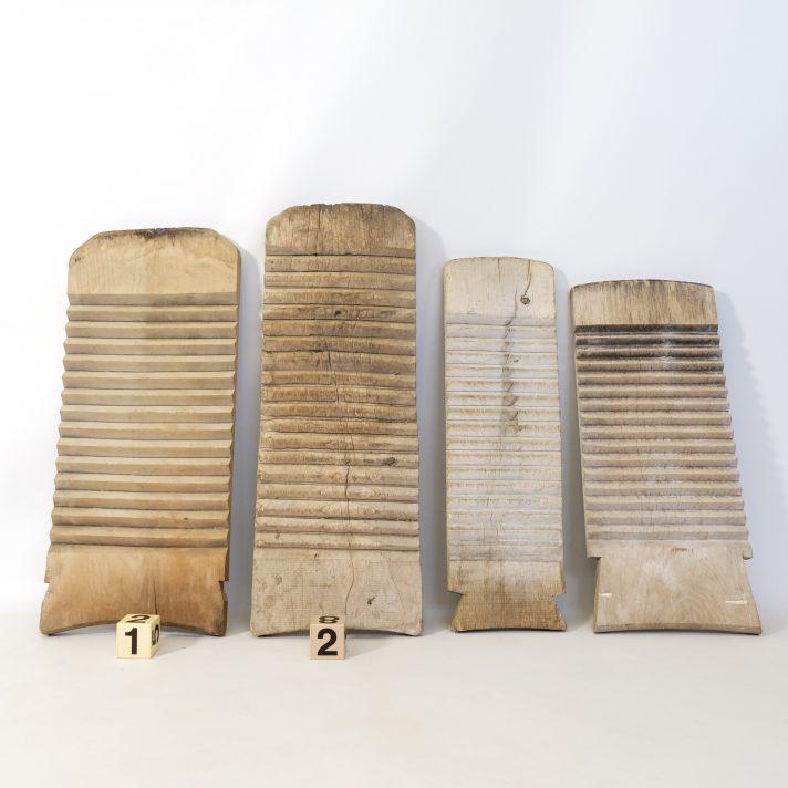 Ancienne planche de lavandière.