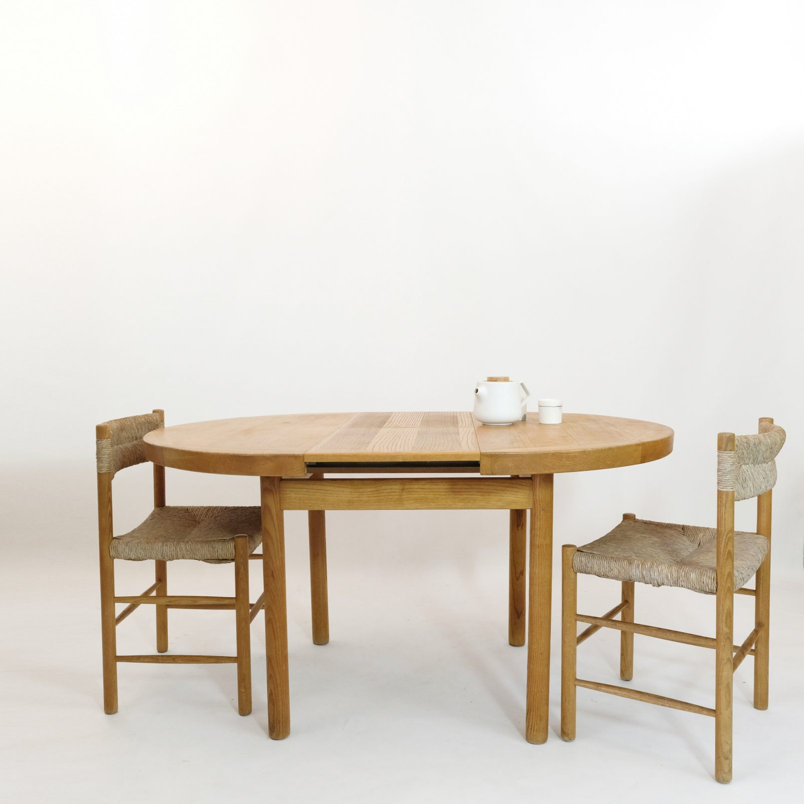Dordogne table with an extending leaf, Sentou, 1950s.