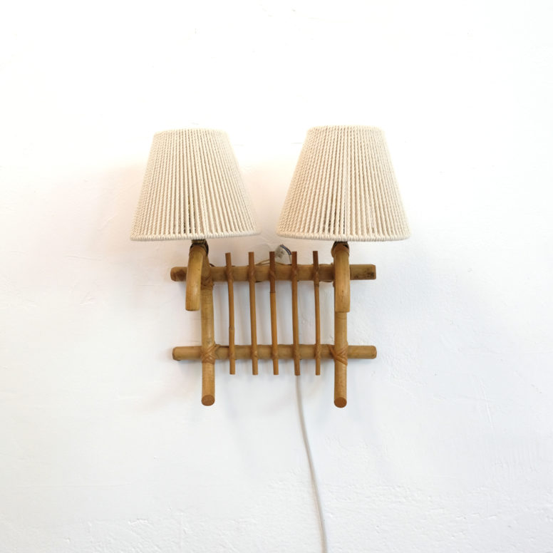 French rattan wall lamp, 1960-1970.