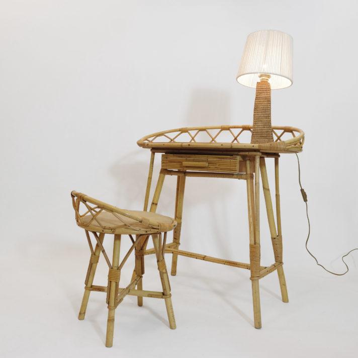 Coiffeuse en rotin et sa chaise, 1950-1960.