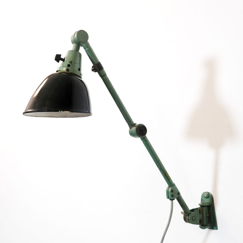 Midgard, industrial wall lamp from the 1930s.
