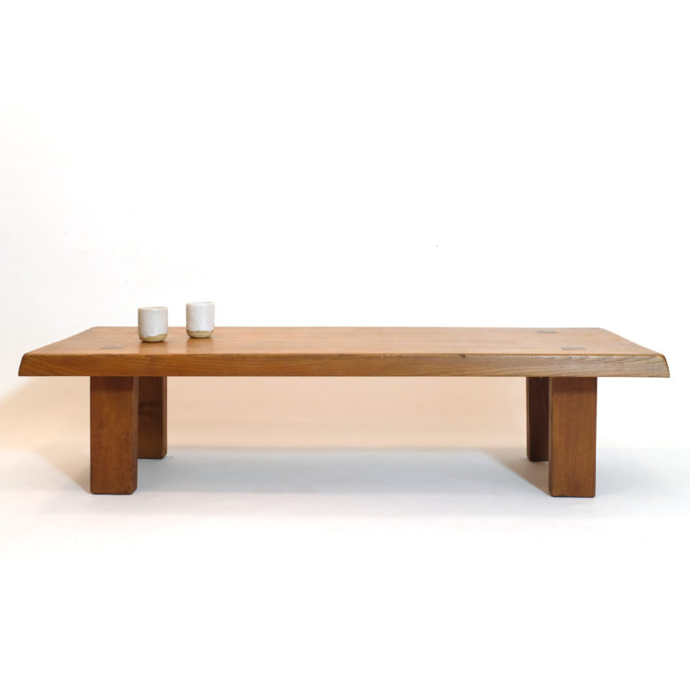 Pierre Chapo, table basse T08 en orme massif.
