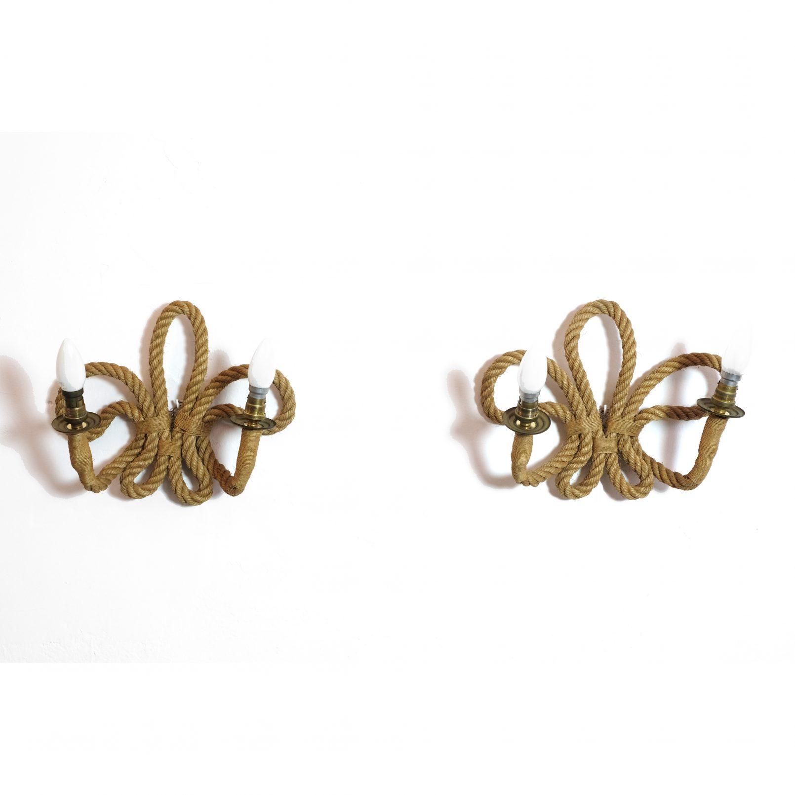 Pair of French rope wall lamps, 1950-1960.