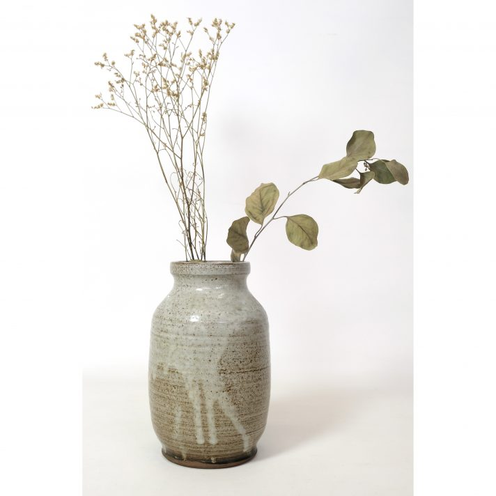 Signed stoneware vase to be attributed, France 1950-1960.