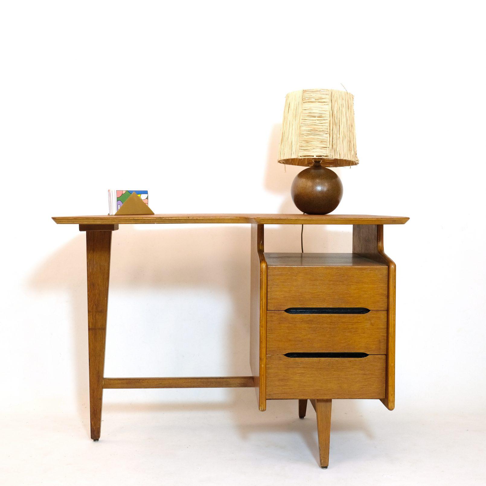 Jacques Hauville, bureau en chêne tripode, 1950s.