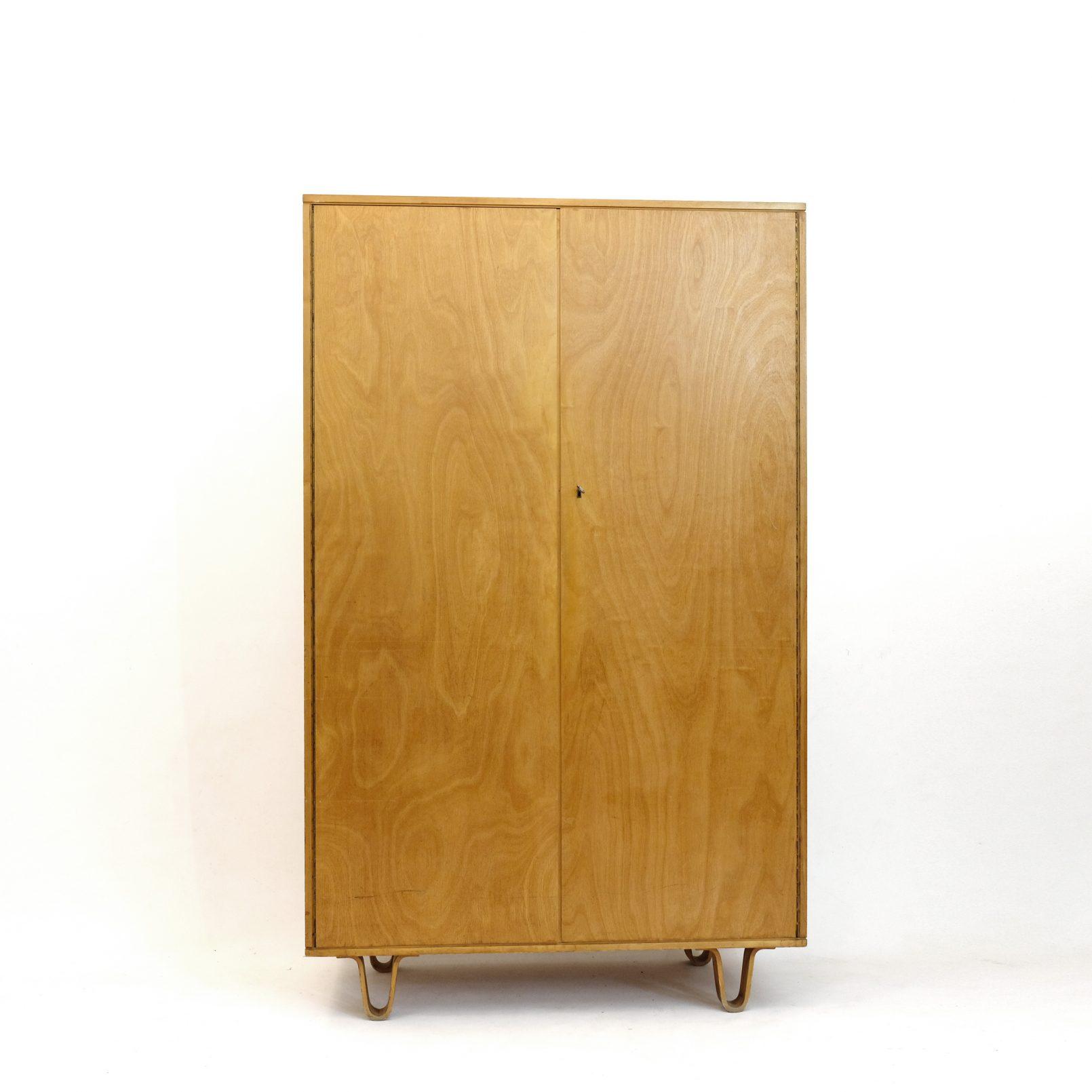 Cees Braakman, armoire KB02, Pastoe, 1950.